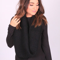 Black Cozy Knit Scarf