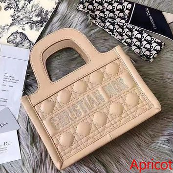 Christian Dior CD solid color embroidered letters ladies small shopping handbag