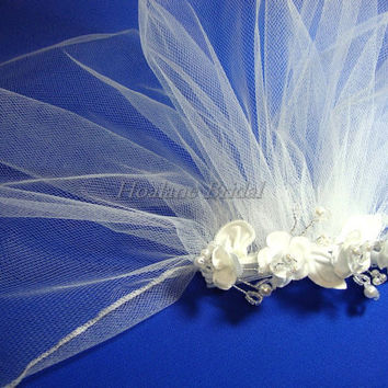 Flower Girl Headpiece, Floral Comb with serge edge Veil, First Communion veils