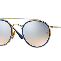 Look who's looking at this new Ray-Ban Round Double Bridge