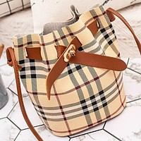 New fashion plaid leather shoulder bag bucket bag crossbody bag