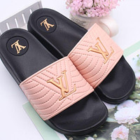 LV Louis Vuitton Summer Women's Shoes Slippers Sandals Trendy Thick-soled Wild Beach Slippers Pink