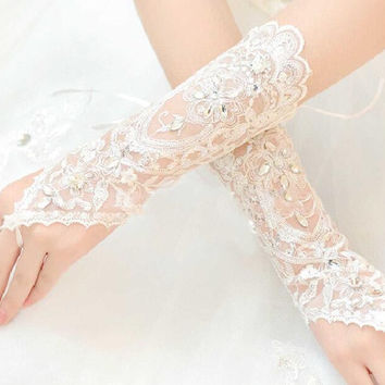 Cheap Free Size White Fingerless Rhinestone Lace Sequins Short Bridal Wedding Gloves Free Shipping Wedding Accessories