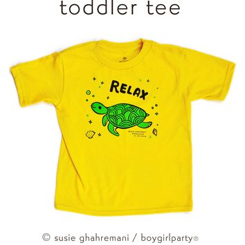 Relax! Sea Turtle Toddler T-shirt / Kids Shirt (Yellow)