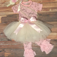 Baby girl first birthday dress. Girl birthday outfit. Tutu dress. 1st birthday tutu. Girl Cake smash outfit. Pink tutu set. Party dress