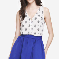 POCKET AND ZIP CREPE FRONT TANK - PAISLEY from EXPRESS