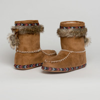 Moccasin boot slippers
