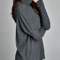 Iceland Luxe Knit Turtleneck - Charcoal