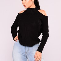 Cailyn Mock Neck Sweater - Black
