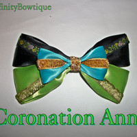 Limited Edition Coronation Anna Frozen Bow