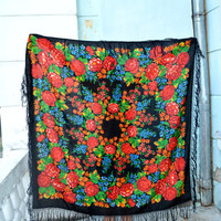 Vintage Ukrainian shawl,Russian shawl, Wool shawl, Tablecloth, Floral Shawl ,Scarf With Tassels, floral scarf, Babushka