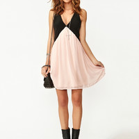 Block V-Neck Cut Out Back Sleevless Chiffon Dress