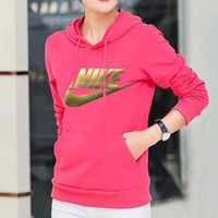Trendsetter NIKE Women Lover Top Sweater Hoodie