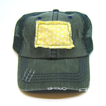 North Dakota Hat - Green Distressed Trucker Hat - White and Yellow Daisy Applique - All United States Available
