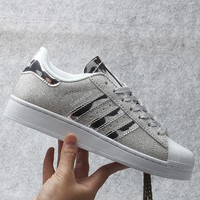 Originals Adidas Superstar W Men's Women's Shiny Shell-toe Classic Sneaker Sprot Shoes Silver - S41838