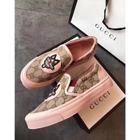 GUCCI Fallow shoes with one foot and flat bottom Flats Shoes