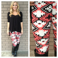 Coral & Black Desert Walk Leggings