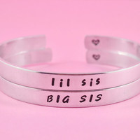 BIG SIS / lil sis - Hand Stamped Aluminum Cuff Bracelet Set, SIsters Bracelets, Personalized Gift