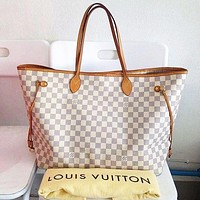 LV tide brand female shopping bag mother bag diagonal female bag two-piece white check