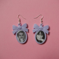 Nick & Jess, New Girl Cameo Earrings