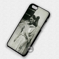 Frida Kahlo With Monkey - iPhone 7 6 Plus 5c 5s SE Cases & Covers