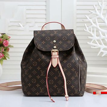 Louis Vuitton LV large capacity backpack for men and women Bag Daypack