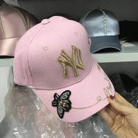 """New York Yankees"" Casual Fashion Letter Bee Flower Embroidery Baseball Cap Flat Cap Women Sun Hat"