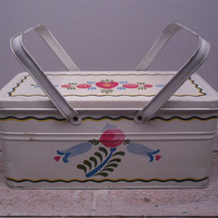 dutch tulips litho tin / metal lunch box / cottage shabby chic