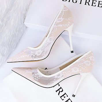 Sexy thin high heel women's shoes fine heel high heel shallow mouth pointed mesh hollow lace single shoes white lace