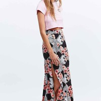 Minkpink Lacey Gardener Maxi Skirt in Black - Urban Outfitters