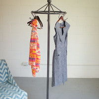 Iron Spinning Clothing Rack