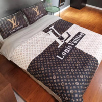 LOUIS VUITTON 4 PC Bedding Set Conditioning Throw Blanket Quilt For Bedroom Living Rooms Sofa