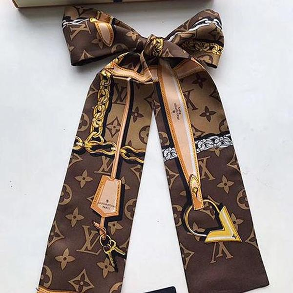 Image of Louis Vuitton LV classic professional casual silk scarf fashion ladies small scarf