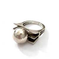 Modernist Sterling Silver Ring, Large Center Silver Bead Ball, Architectural Design, High Profile, Handmade, Vintage Gift for Her, US 5 1/2
