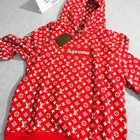 LV x Supreme hot seller of casual hoodies in printed fashion couples