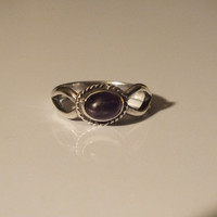 Silver Vintage Ring with Round Black Stone, Size 7 1/4, Silver 925