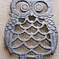 "Vintage Big Eyed Owl Coffee Cup Coaster Footed Metal Trivet 4"" Kitchen or Office"