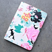 Ban.do - The Getaway Florabunda Passport Holder