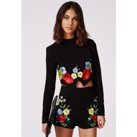 Missguided - Floral Embroidered Long Sleeve Crop Top Black