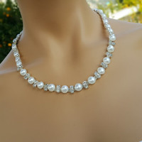 Stylish Wedding Pearl and Ringstone Necklace Jewelry Bridal Accessory 1 strand.