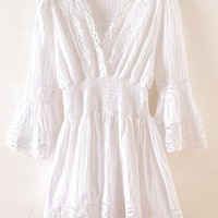 The horn sleeve v-neck hollow lace dress from Fanewant