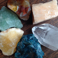 Rough Crystal Set Crystal Grid Crystal Healing Crystals and Stones Meditation Crystals Bohemian Decor Boho Chic Crystal Collection Chakra