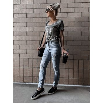 ICON HIGH RISE BUTTON DOWN ANKLE SKINNY LIGHT