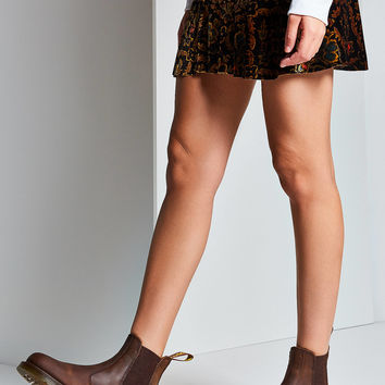 Dr. Martens 2976 Crazy Horse Chelsea Boot | Urban Outfitters