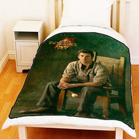 """The Hunger Games Catching Fire Gale Fleece Blanket Bed Throw Size Medium 50"""" x 60"""" Large 60"""" x 80"""" Unique Gift For Christmas"""