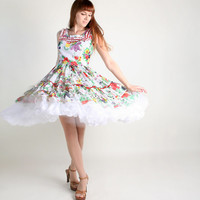 Vintage Floral Dress - 1960s Bright Flower Novelty Print Ruffle Tiered Dolly Dress - Large