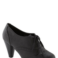 ModCloth Vintage Inspired It's All Chic to Me Heel in Black