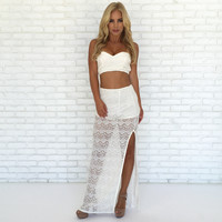 Classy Lace Tube Top In Ivory