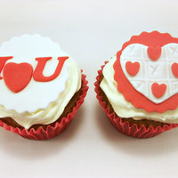Valentine's Day Cupcake Fondant Toppers, Wedding Toppers, Valentine Party, Red Tic tac toe, Valentine Gift, Edible Toppers- 12 pcs