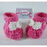 Crochet Baby booties, Baby shoes, Custom baby shoes, fashion baby shoes, baby accessories - For him and for her - Newborn only